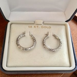14k White Gold Hoop Earrings with great detail!